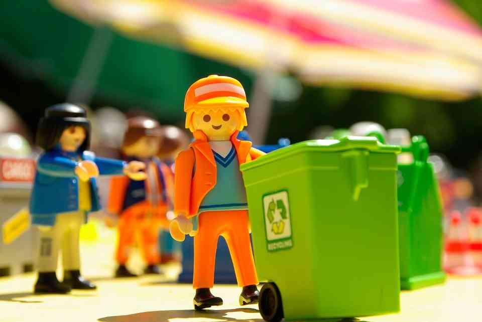 Pomagamy wybrać odpowiedni pojemnik na odpady
