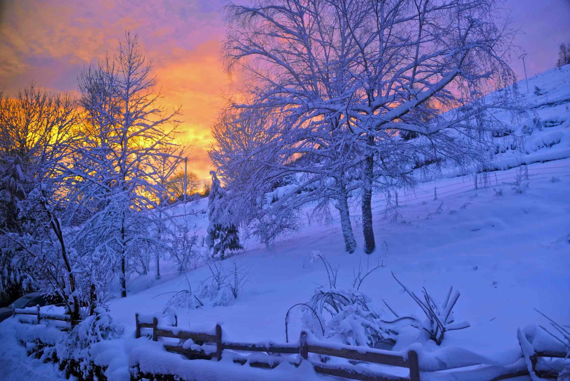 W okresie zimowym wiele pojemników ulega uszkodzeniu
