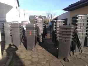 kosze na smieci 240 300x225 - Wznawiamy sprzedaż używanych pojemników na odpady