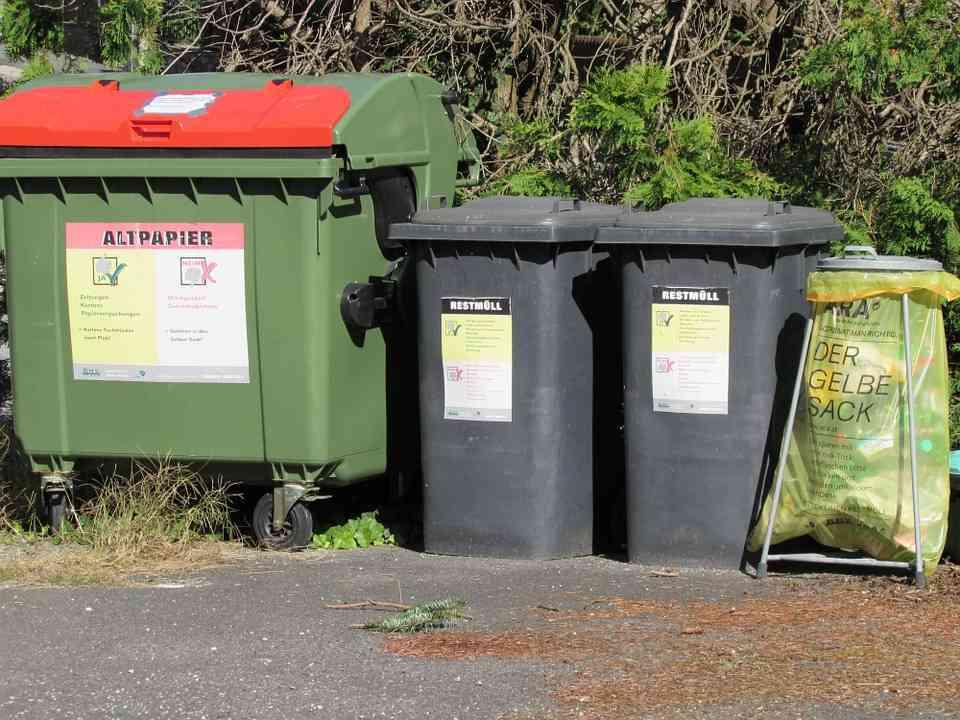 Używane kosze do śmieci