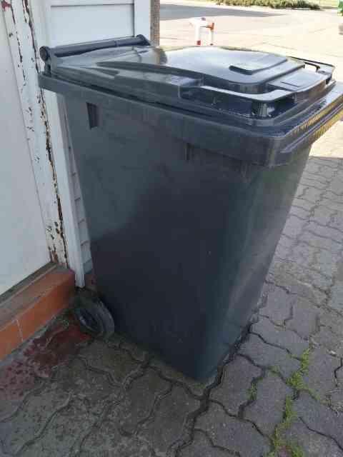 pojemniki zmieszane - Pojemniki na odpady zmieszane