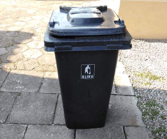 Wygląd pojemników na odpady