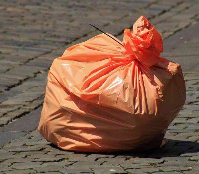 oplaty za wywoz odpadow 400x350 - Gdzie wnosić opłaty za wywóz odpadów ?