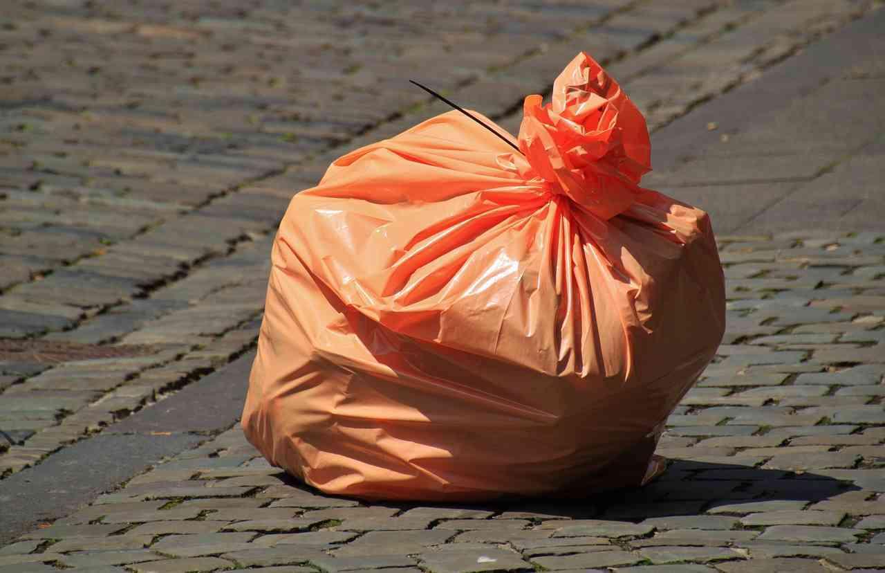 Opłaty za wywóz odpadów wnosimy w Gminie