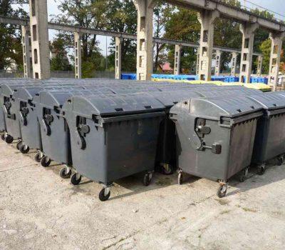 wyposazenie nieruchomosci w pojemniki na odpady 400x350 - Wyposażenie nieruchomości w pojemniki na odpady