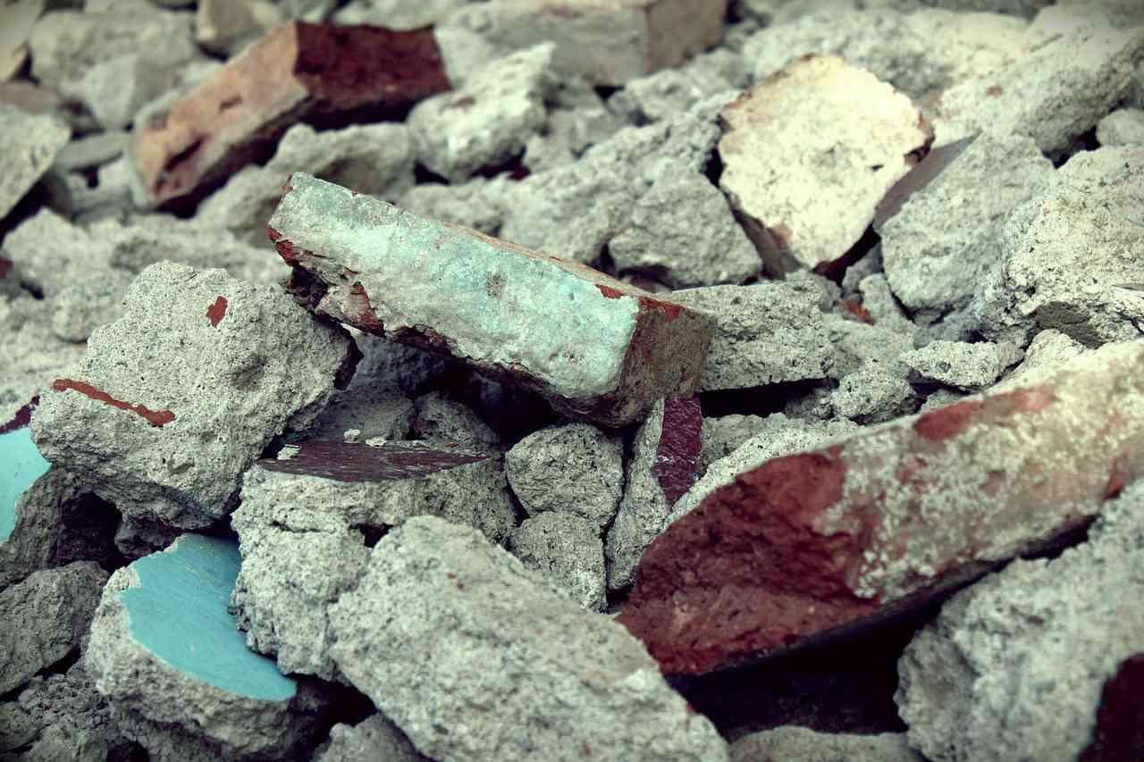Jaki kod odpadu będzie najlepszy dla śmieci z budowy ?