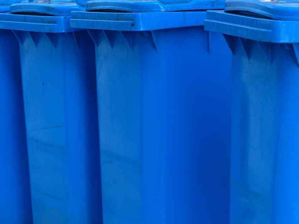 Komplet, zestaw pojemników do segregacji