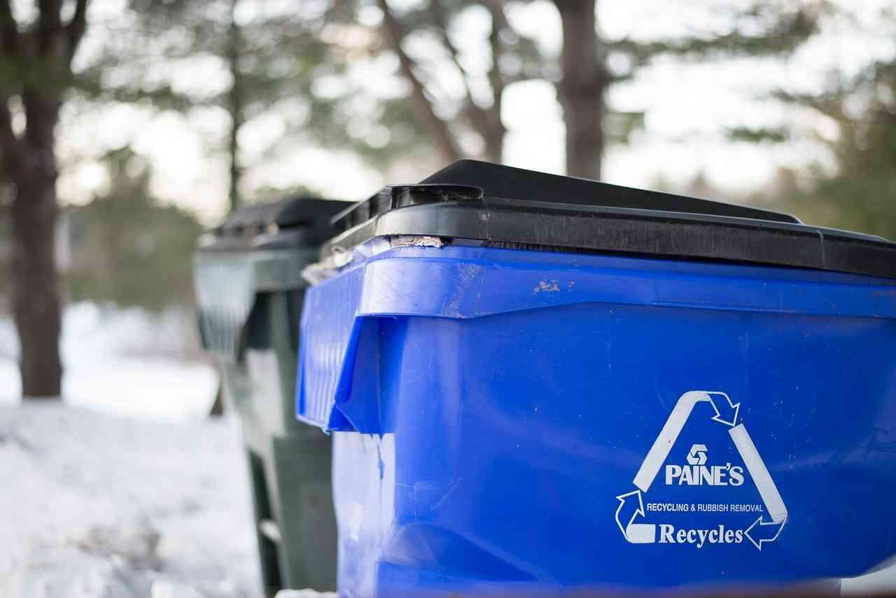 Kosz na śmieci segregowane